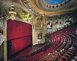 Quand le théâtre sera plein, d'acteurs et de spectateurs, sortirez-vous du lot ?
