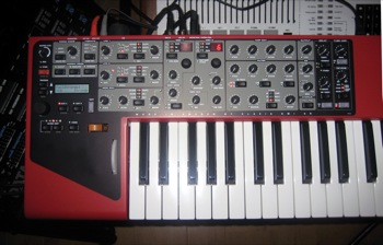 Clavia Nord Wave