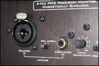Une connectique complète sur les E-MU PM-5