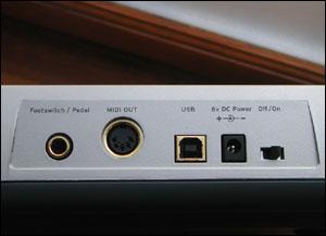 Connectique complète sur l'E-MU Xboard 49