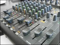 M-Audio NRV 10