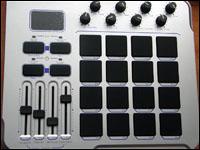 Le Trigger Finger fait dans le complet du côté de l'édition des contrôleurs MIDI.