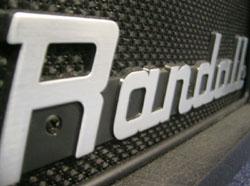 Randall s'est fait un nom aux côté des grands de l'amplification.